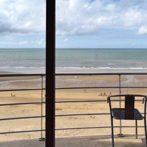 zeezicht oostende montebello appartement vakantie vakantieverhuur zeedijk